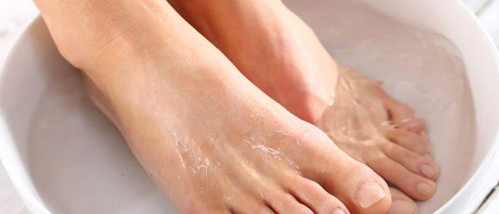 Чем лечат псориаз на ногах